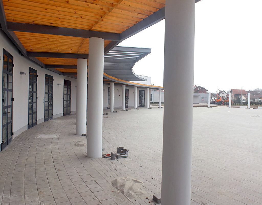 titleMrtvačnica groblja Sveti Duh, Koprivnica